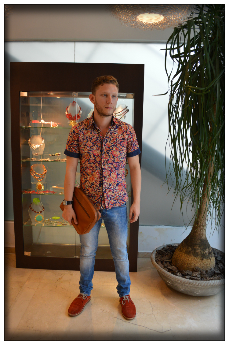 Mens wear- Accessorien- The look- Trends- Mariposa Fashion Blog- Rei Giraldo
