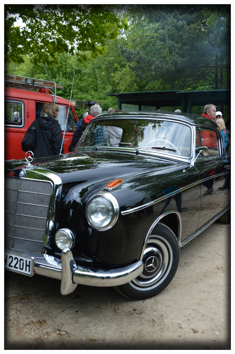 Germany- Mercedes Benz- Old Timer- Vintage- Mariposa Fashion Blog