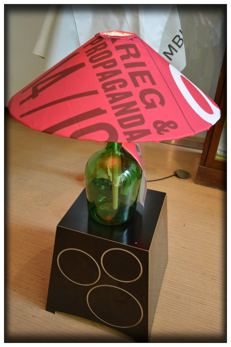 Upcycling- Deco- Style- Lampe- AMD Proyekte- sustainable fashion