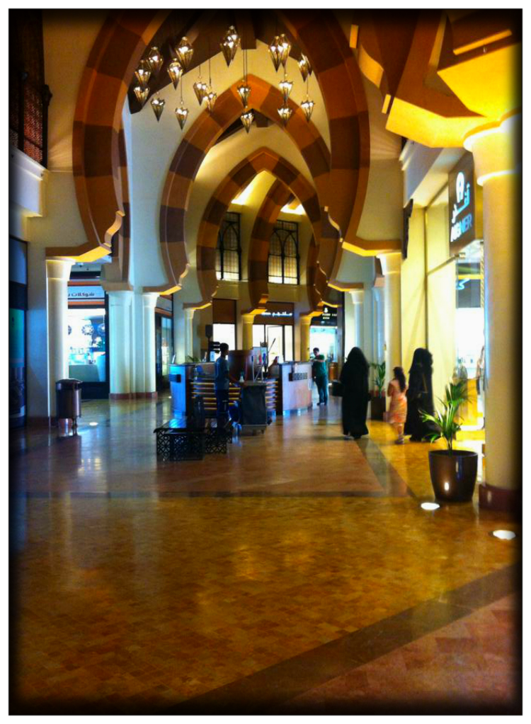 Mariposa Fashion Blog- Travel-Malls-Qatar Arab Emirates- Inspiration-Fashion- styling Report