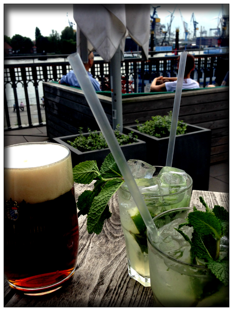 Hamburg- Drinks- Travelers- Mariposa Fashion Blog-Inspiration- Germany