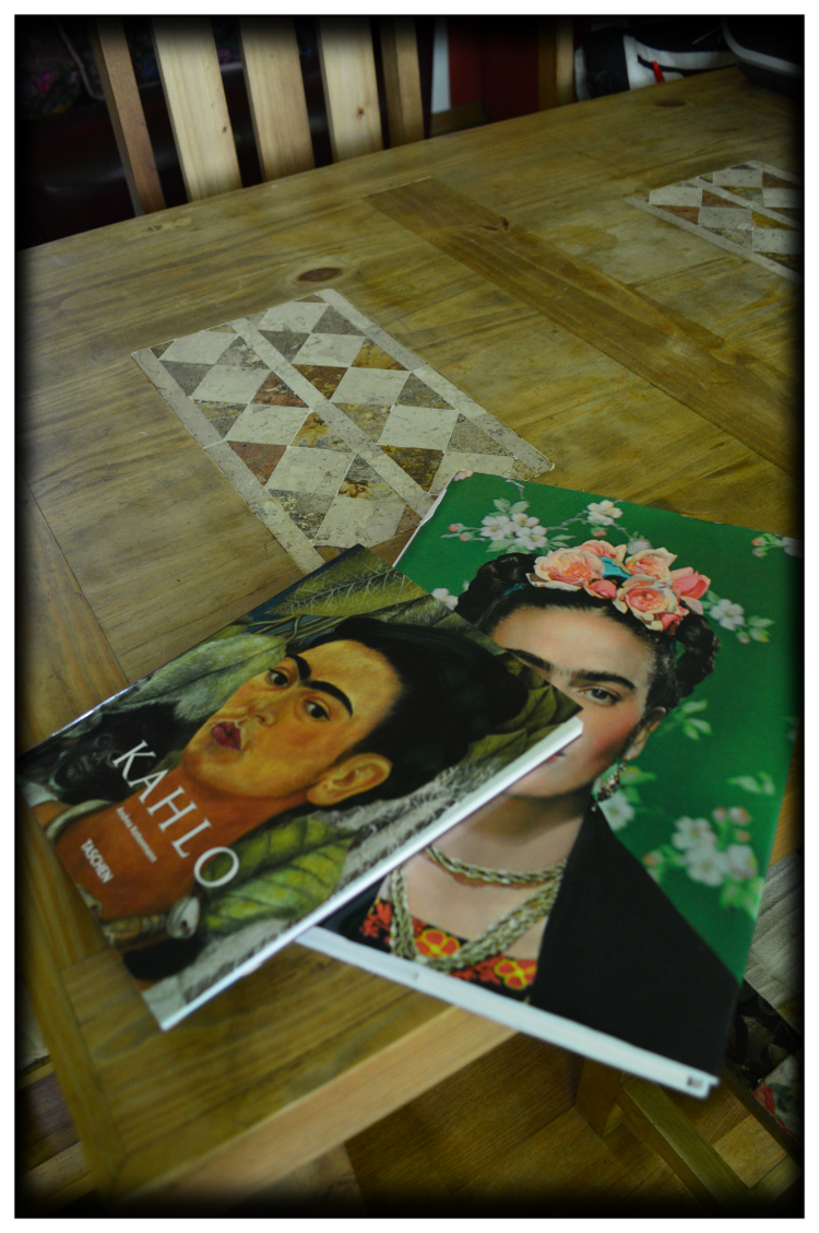 Mariposa Fashion Blog- Frida Kahlo- Living like Frida- mexikanisches Haus in Deutschland- Dekoration & Stil- Atelier- Design
