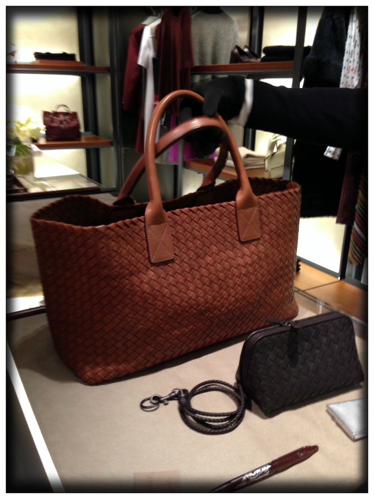 bags-trends-luxury-bottega-veneta-nachhaltige-mode-mariposa-fashion-blog-trends-report-luxus-in-hamburg