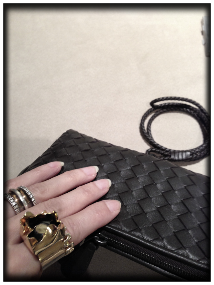 clutch-bottega-veneta-trends-resport-fashion-luxus-made-italy-mariposa-fashion-blog-bottega-veneta