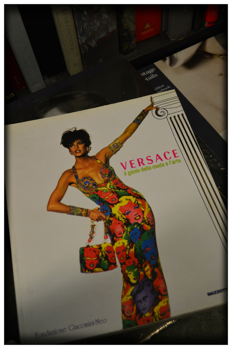 Versace Buch- Mode- Lesertipp- Mariposa Fashion Blog