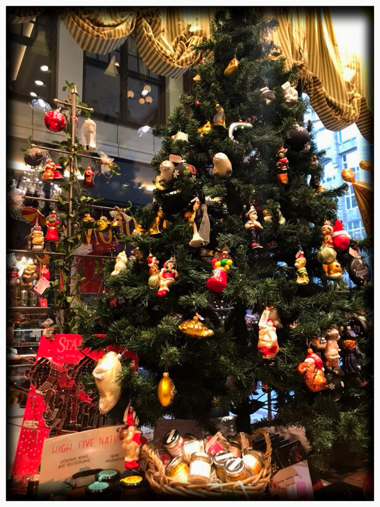Mariposa Fashion Blog- Christmas in Germany- Travel with me